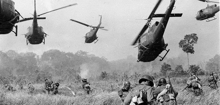 Vietnam helicópteros