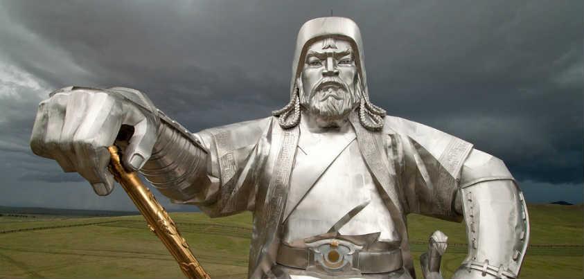 Estatua de Gengis Kan