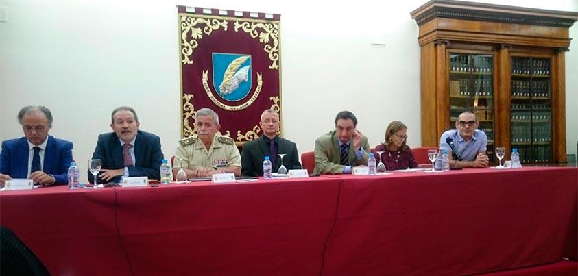 Ronda de preguntas de la conferencia Renovar y difundir la Historia Militar