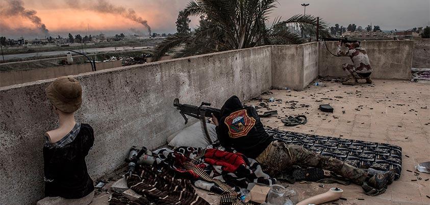 Imágenes de combatientes en Mosul